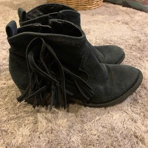 Justice Ankle Fringed Boots Size 2